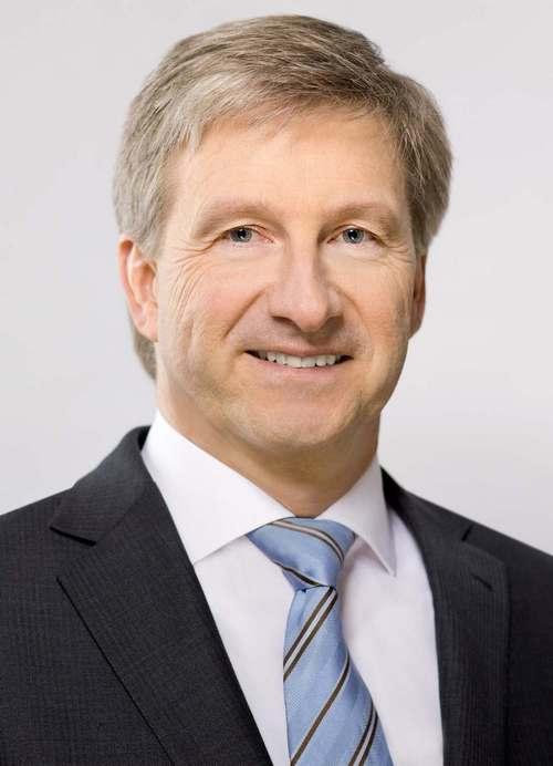 Prof. Dr.-Ing. Axel Stepken,