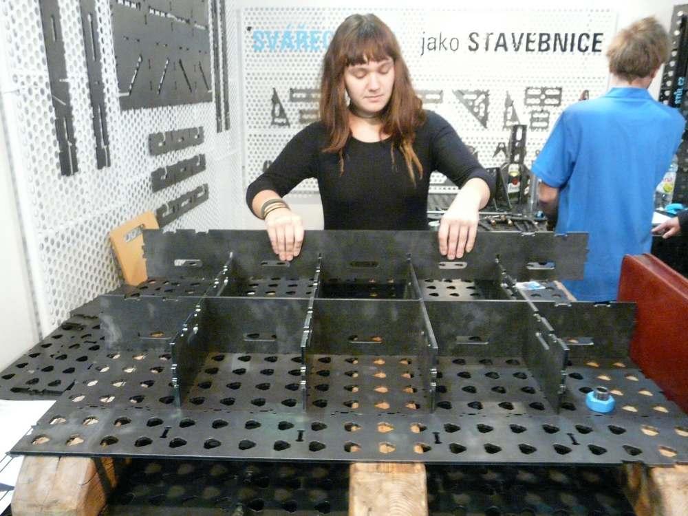 Svařovací stůl