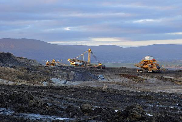 hnědé uhlí těžba
