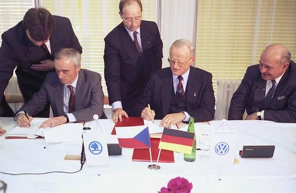škoda podpis VW